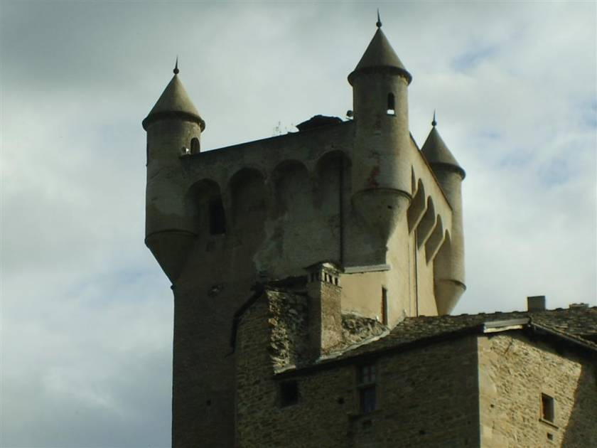 St Pierre Castle